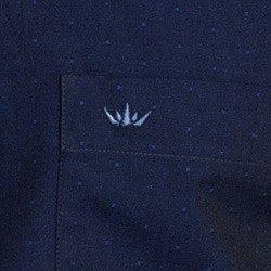 detalhe camisa masculina social buon giorno ivan marinho logo