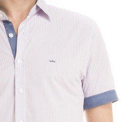 detalhe camisa manga curta masculina listrado joao paulo logo
