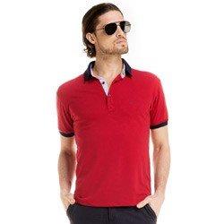 detalhe camisa polo masculino buon giorno vermelho jonas look completo