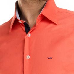 detalhe camisa laranja masculino buon giorno jaison colarinho