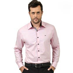 detalhe camisa rosa masculina buon giorno silvio look
